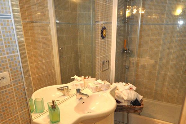 Gite au château salle de bain Bellavista